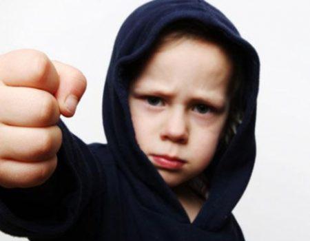 چرا برخی از کودکان اعتماد به نفس ندارند؟!