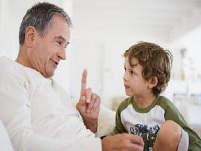 مشاوره تلفنی کودکان:عدم توجه به رفتار کودک در موارد خاص