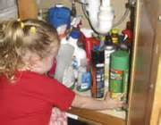 مشاوره کودک تلفنی :کودک و نفت