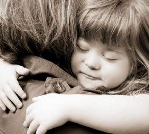 آغوش درمانی